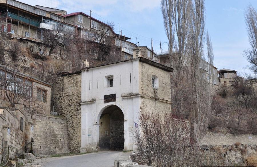Ворота Борятского